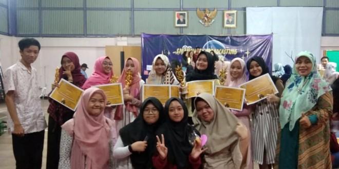 MTsN 1 Kota Malang Raih 5 Piala di Lomba Broadcasting