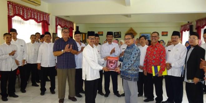 Guru MTsN 1 Kota Malang Ikuti Pelatihan Motivasi Pembelajaran