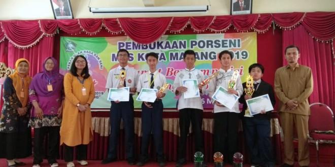 MTsN 1 Kota Malang Sukses Raih Gelar Ganda Pidato Bahasa Inggris Porseni Tingkat Kota