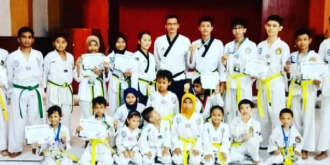 Siswa MTsN 1 Kota Malang Raih Medali Emas Kejuaraan Taekwondo Tingkat Malang Raya