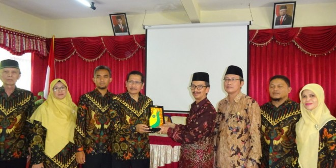 MTsN Garut Adakan Studi Banding ke MTsN 1 Kota Malang