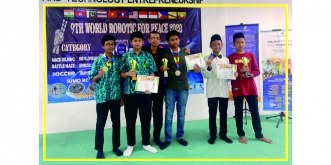 Siswa MTsN 1 Kota Malang Raih Enam Medali World Robotic for Peace 2020