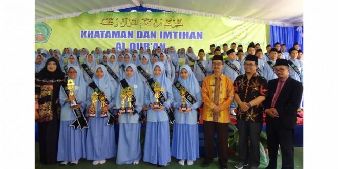Khataman dan Imtihan Pembelajaran Al-Qur'an Metode Ummi di MTsN 1 Kota Malang