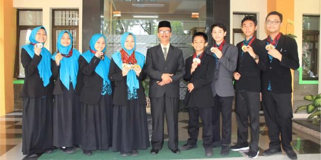 Jelang Akhir Tahun Pelajaran, MTsN 1 Kota Malang Sukses Raih 458 Prestasi