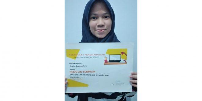 Siswi MTsN 1 Kota Malang Raih Prestasi Lomba Cipta Puisi Tingkat Nasional